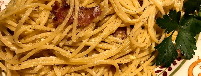 Pasta Carbonara made with bacon that was not a mess to make.